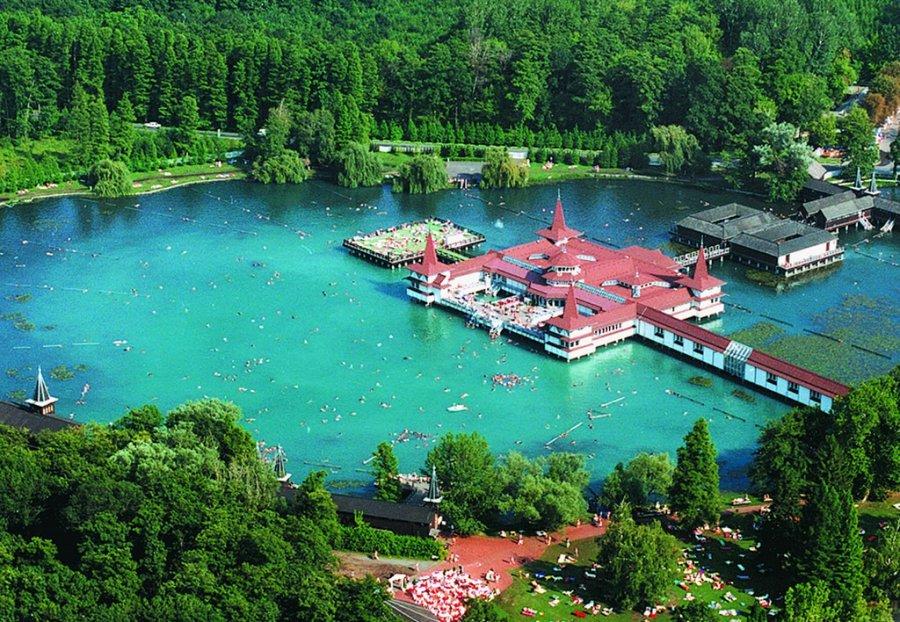 Озеро Хевіз