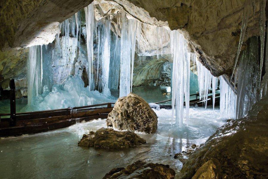 Деменовская ледяная пещера Словакия