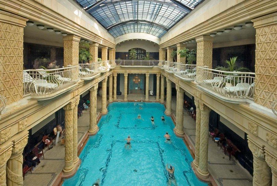Будапешт купальні Геллерт